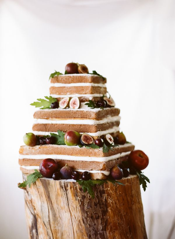 Naked cakes – top wedding trend for fall 2015